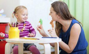 پرستار کودک   نگهداری از کودک در منزل   مراقبت در منزل   پرستاری از کودک   پرستاری از سالمند